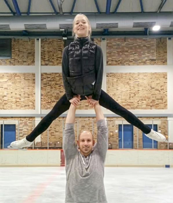 Aaron van Cleave - Tanya Domracheva-korr