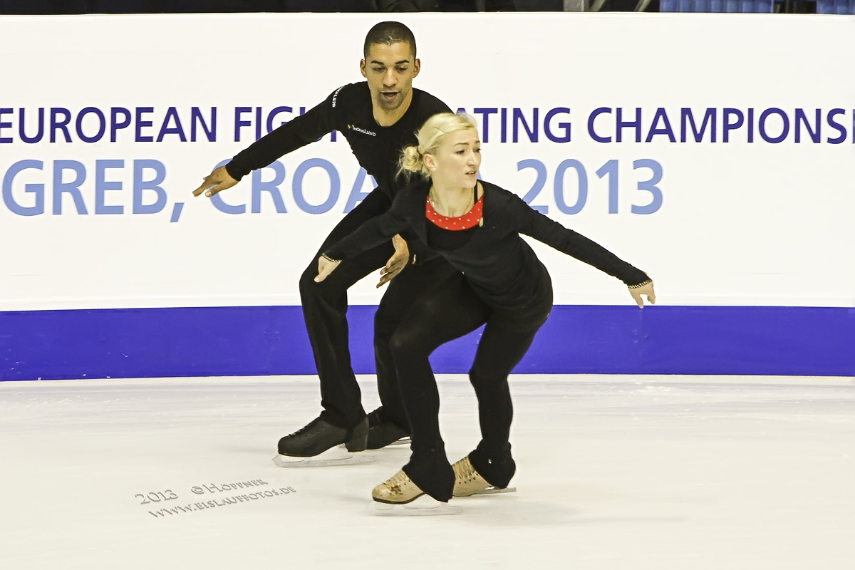 Aliona SAVCHENKO & Robin SZOLKOWY (GER)