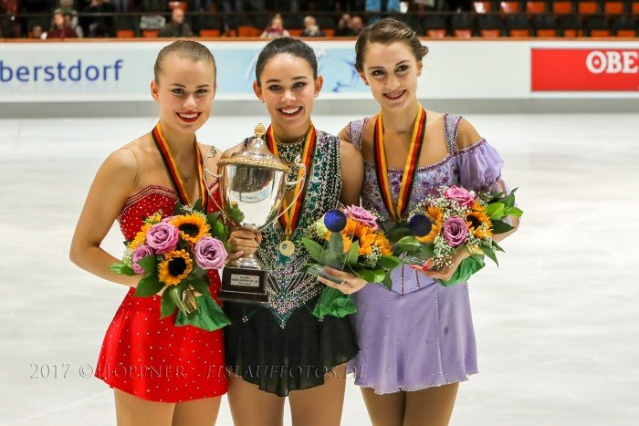 Sieger Damen, 1. Kailani Craine (AUS), 2. Matilda Algotsson (SWE), 3. Alexia PAGANINI (SUI)