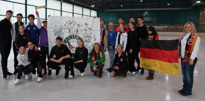 Fanclub-mit-Paaren-aus-Italien-und-Weißrussland